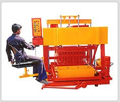 laying concrete block machine