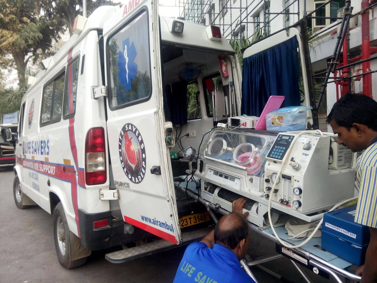 Life Savers Road Ambulance Services