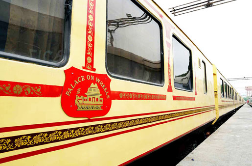 Palace on Wheel